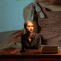 ROBERTA CADE IN TRAPPOLA - THE SPACE BETWEEN